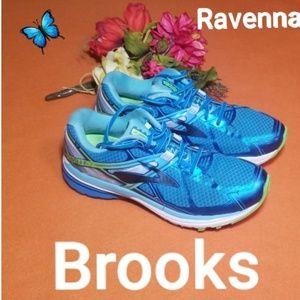 Brooks Ravenna Sneakers